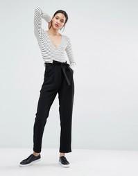 Широкие брюки со складками и поясом Just Female Eli - Черный