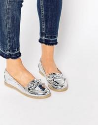 Туфли на плоской подошве ASOS MONTHLY - Серебряный