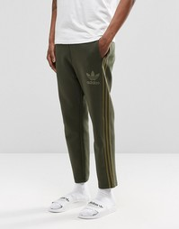 Джоггеры длиной 7/8 adidas Originals Adicolour B10721 - Зеленый