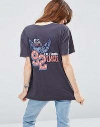 Выбеленная футболка с принтом в стиле 90‑х ASOS - Угольный