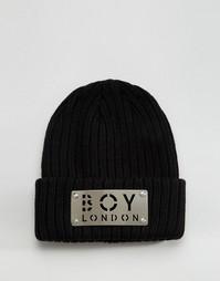 Шапка-бини с металлической накладкой Boy London - Черный