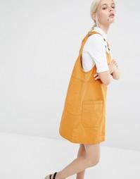 Джинсовое платье-сарафан Monki - Горчичный