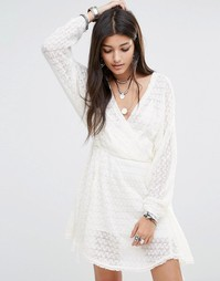 Платье с запахом Free People Snug Bug - Слоновая кость