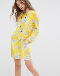 Свободное платье с цветочным принтом Honey Punch - Желтый