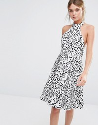 Платье с принтом и халтером Keepsake - Принт в крапинку
