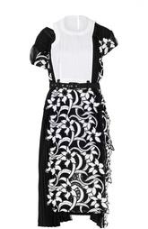 Приталенное кружевное мини-платье с ремнем Sacai