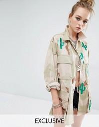Куртка в стиле милитари с камуфляжным принтом Reclaimed Vintage