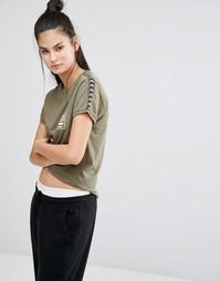 Зауженная футболка в стиле ретро с отделкой лентой Ellesse