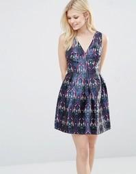 Короткое приталенное платье с принтом Glamorous - Фиолетовый