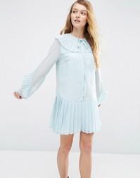 Платье с плиссированным воротником ASOS - Синий
