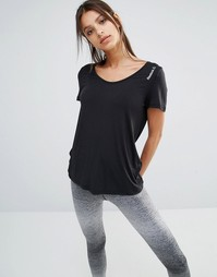 Свободная футболка с овальным вырезом Reebok - Черный