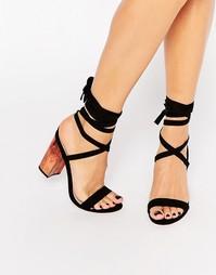 Босоножки на каблуке со шнуровкой ASOS HANDFUL - Черный