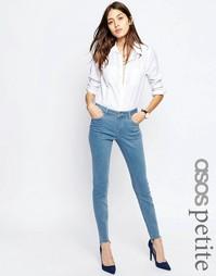 Светлые джинсы скинни с классической талией ASOS PETITE Lisbon
