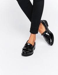 Лоферы на плоской подошве с бахромой Glamorous - Черный лакированный