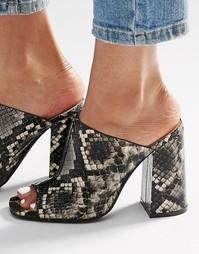 Серые сабо на каблуке Glamorous - Серый змеиный узор