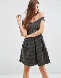 Короткое приталенное платье с открытыми плечами Girls On Film
