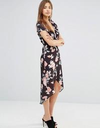 Асимметричное платье с запахом и оборками Oh My Love