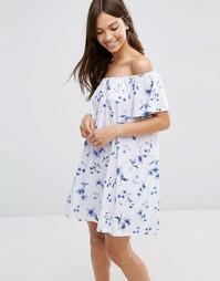 Платье мини с открытыми плечами и цветочным принтом ASOS