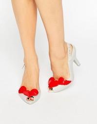 Перламутрово-красные сандалии на каблуке Vivienne Westwood for Melissa
