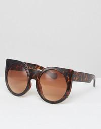 Солнцезащитные очки кошачий глаз в круглой оправе с леопардовым принто Missguided