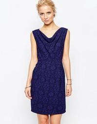 Синее платье-футляр со свободным воротом Closet