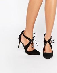 Туфли на каблуке с ремешками накрест Miss KG Clara