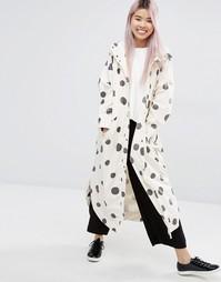 Куртка-дождевик в горошек с капюшоном Monki - Бежевый