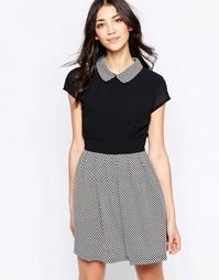 Короткое приталенное платье с воротником Wal G - Черный