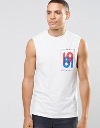 Удлиненная футболка без рукавов с принтом на груди ASOS - Бежевый