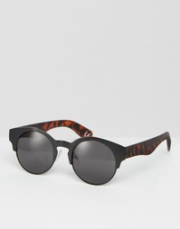 Солнцезащитные очки в металлической оправе с черепаховыми дужками ASOS