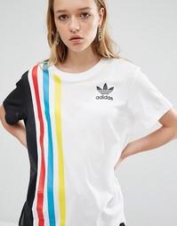 Свободная футболка adidas Originals - Белый