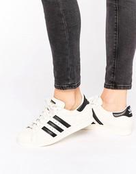 Белые кроссовки с черной отделкой adidas Originals Superstar - Белый