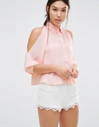 Блузка с оборкой и открытыми плечами Boohoo - Blush