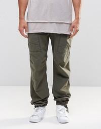 Прямые брюки хаки с карманами карго и состаренным дизайном ASOS - Хаки