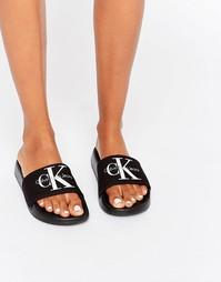 Черные шлепанцы Calvin Klein Jeans Chantal - Черный брезент