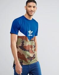 Футболка с камуфляжным принтом adidas Originals AY8107 - Синий