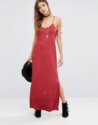 Красное свободное платье макси Free People She Moves - Ягодный