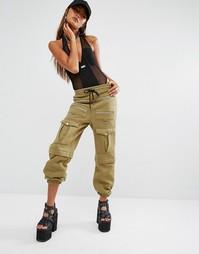 Спортивные штаны в стиле милитари с карманами Shade London - Хаки