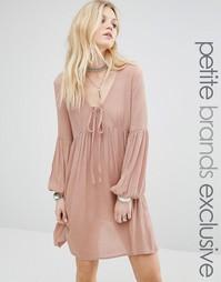 Свободное платье с рукавами-колокол Glamorous Petite - Blush