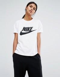 Футболка с большим логотипом Nike Signal