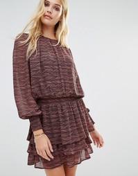 Платье с длинными рукавами и ярусной юбкой Y.A.S Rush - Мульти