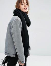 Супермягкий вязаный шарф с длинной бахромой ASOS - Черный