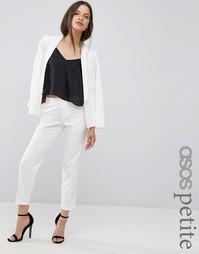 Укороченные крепдешиновые брюки-сигареты ASOS PETITE - Слоновая кость