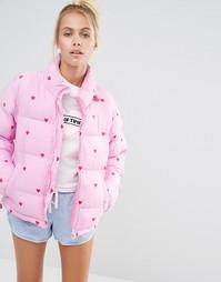 Короткая дутая куртка с принтом в сердечко Lazy Oaf - Розовый