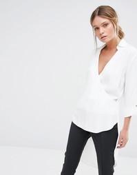 Блузка с глубоким V‑образным вырезом и запахом Closet - Белый