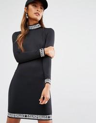 Облегающее платье с высокой горловиной Shade London - Черный