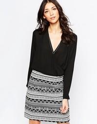 Платье с запахом и контрастной юбкой Lavand