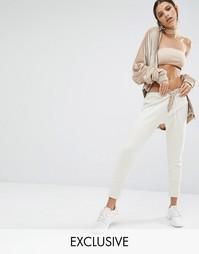 Спортивные брюки со шнуровкой спереди Jaded X Granted - Шампанское