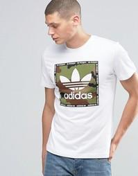 Футболка с камуфляжным квадратным принтом спереди adidas Originals AZ1