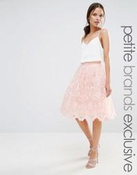 Пышная юбка миди из премиального кружева Chi Chi London Petite - Blush